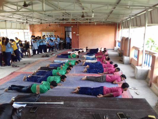 yoga_day1005