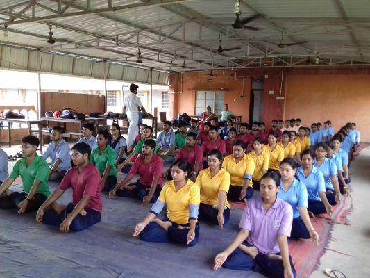 yoga_day1012